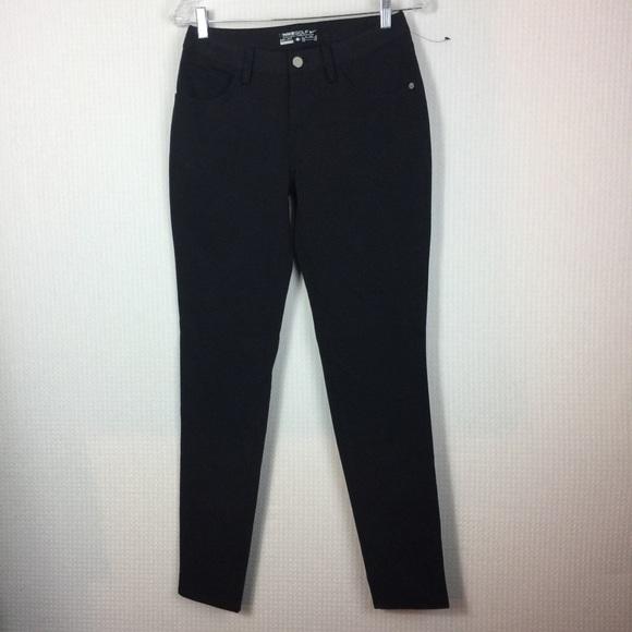 530ce4a45fc9b Women s Nike dri-fit Black Jeans skinny 2 NWOT